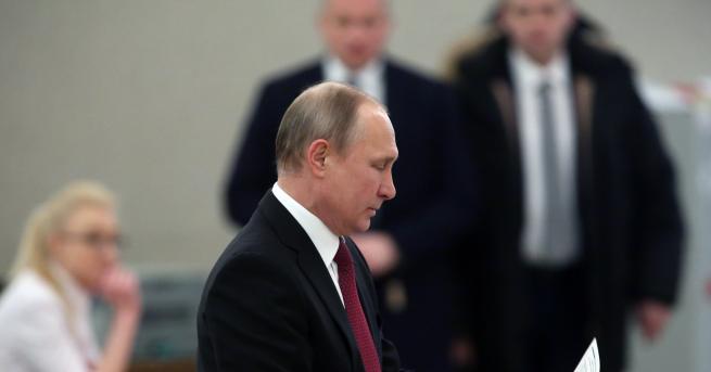 Владимир Путин спечели 77% от гласовете на изборите за президент