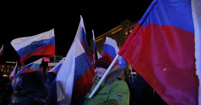 Поздравите към новиоизбрания президент на Русия Владимир Путин не спират.