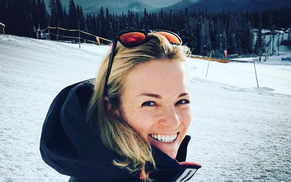 Нова звездна спортна двойка - ски хубавица и швейцарски национал