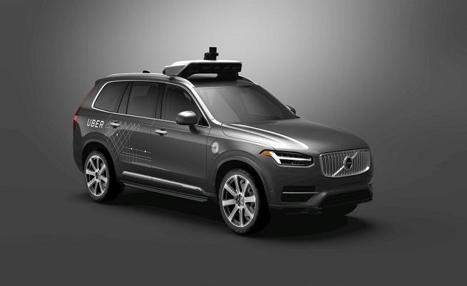 Автономен автомобил на Uber уби жена в Аризона