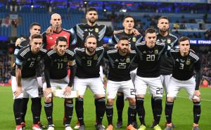 Двама страхотни вратари, но Аржентина пречупи Италия