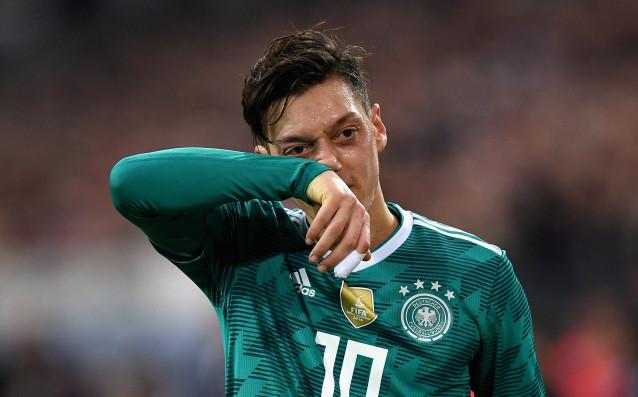 Актуалният световен шампион Германия ще бъде отслабен кадрово за сблъсъка
