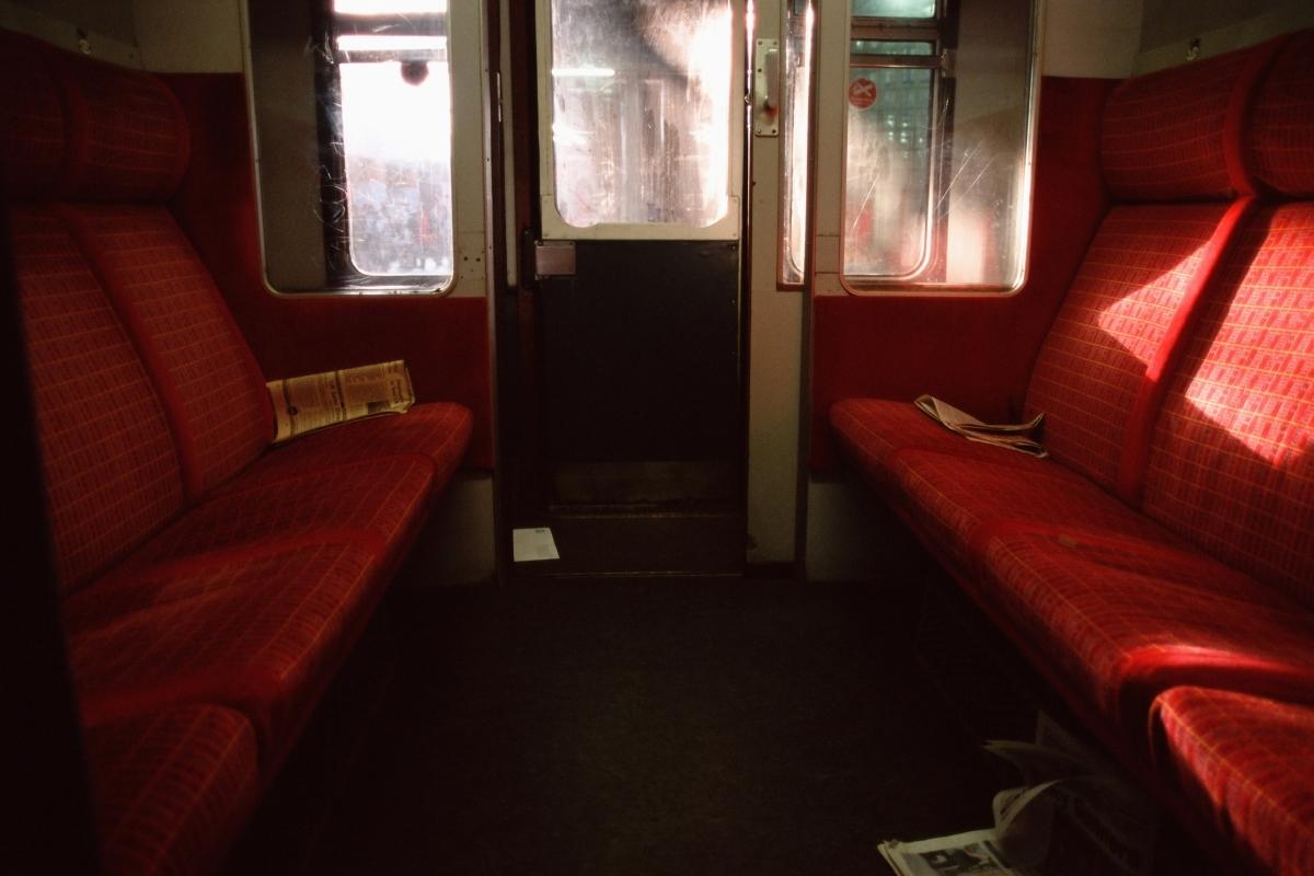 И говорейки за кожа: 15% от въздуха, който дишаме във влаковете е пълен с мъртви клетки.