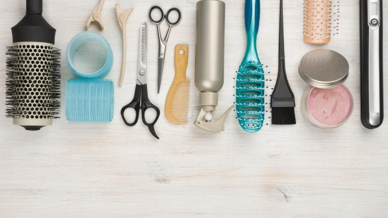Четка или гребен - какво да изберете според нуждите на косата си?