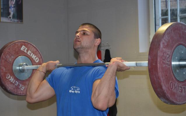 Георги Шиков източник: БФ Вдигане на тежести