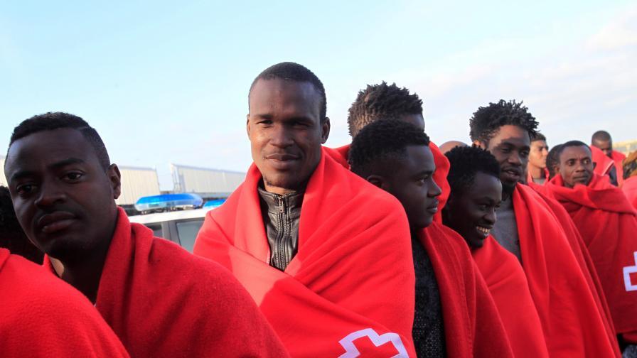 Израел изпраща над 16 000 мигранти от Африка към западните страни