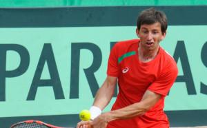 Лазов стигна полуфиналите в Неапол