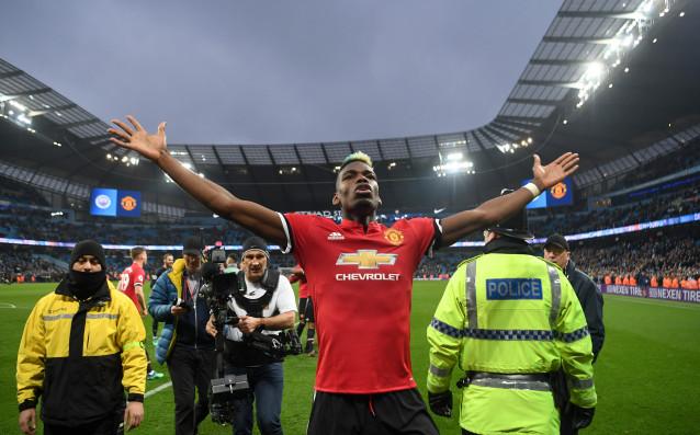 Футболистът на Манчестър Юнайтед Пол Погба се превърна в герой