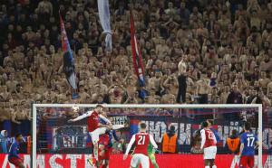 Нерви за Арсенал в Москва, но е на полуфинал в Европа