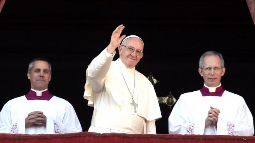 <p>Цял свят ще гледа папата у нас. Какво трябва да знаем</p>