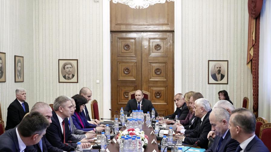 Президентът свика КСНС за противодействие на корупцията