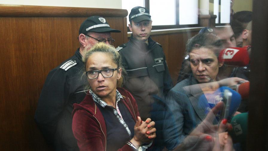"""Десислава Иванчева и , зам.-кметът на """"Младост"""" Биляна Петрова"""
