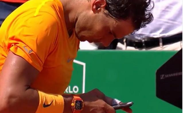 Веднага, след като спечели своя полуфинал в Монте Карло и