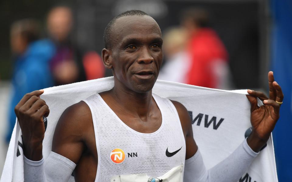 Кенийски триумф и нов британски рекорд на маратона в Лондон