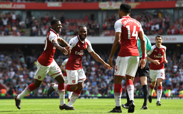 Арсенал зарадва своя мениджър Арсен Венгер с победа в първия