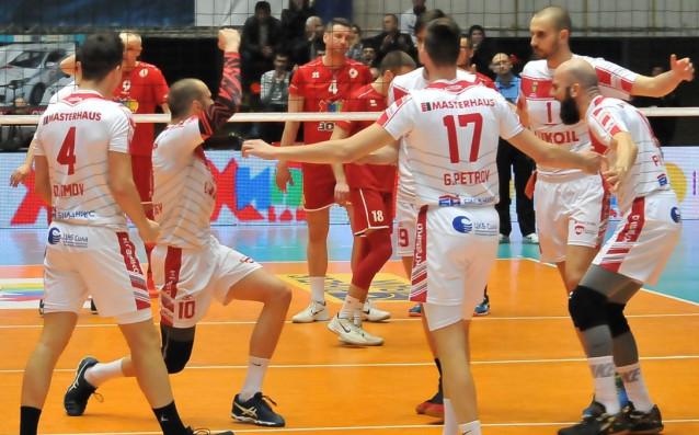 Волейболистите на ЦСКА приемат днес, 23 април, шампиона Нефтохимик 2010