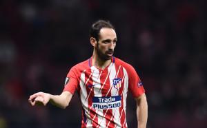 Ветеран в защитата на Атлетико извън мачовете с Арсенал