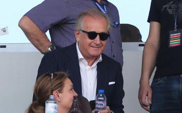 Левски работи спешно за нов треньор, опциите са налице
