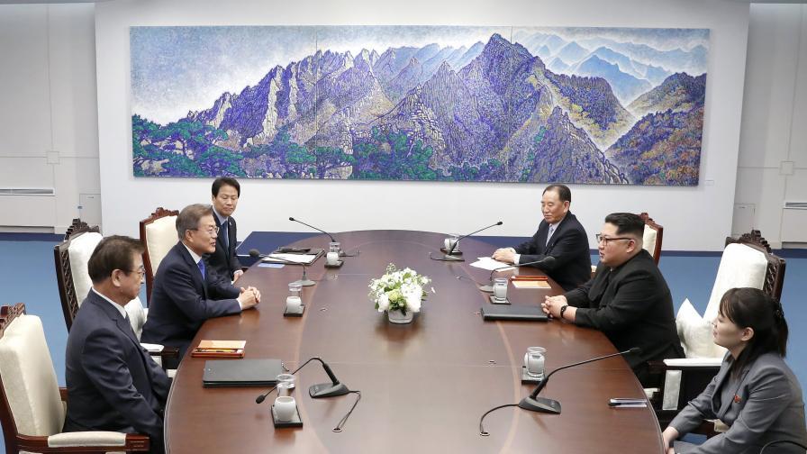 Край на атомното оръжие на Ким и жестът му към Юга