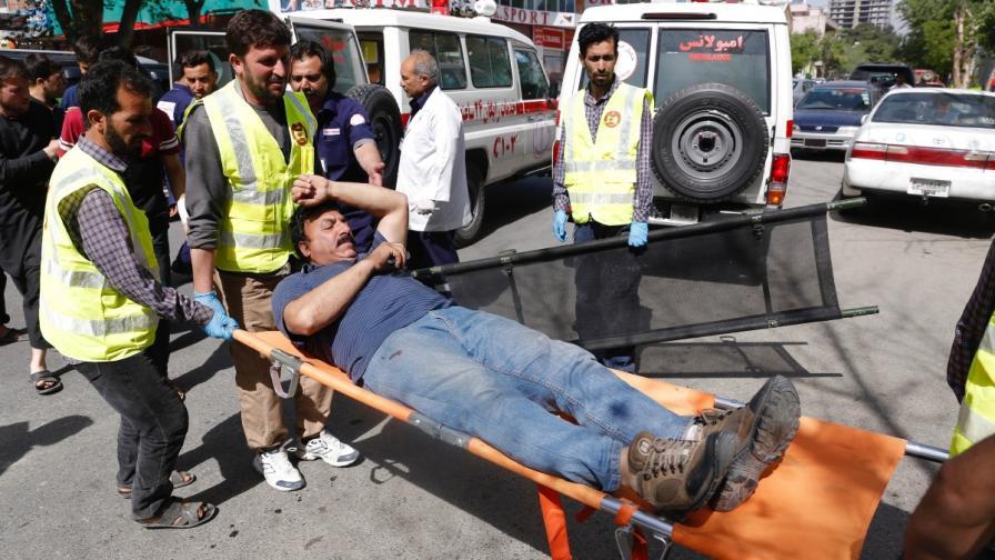 """Ислямска държава"" уби журналисти и полицаи в Кабул"