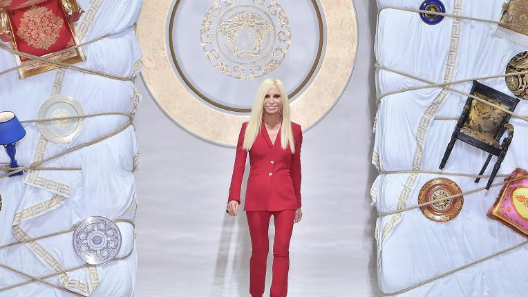 Versace. Донатела Версаче - музата на Джани, примата на модата