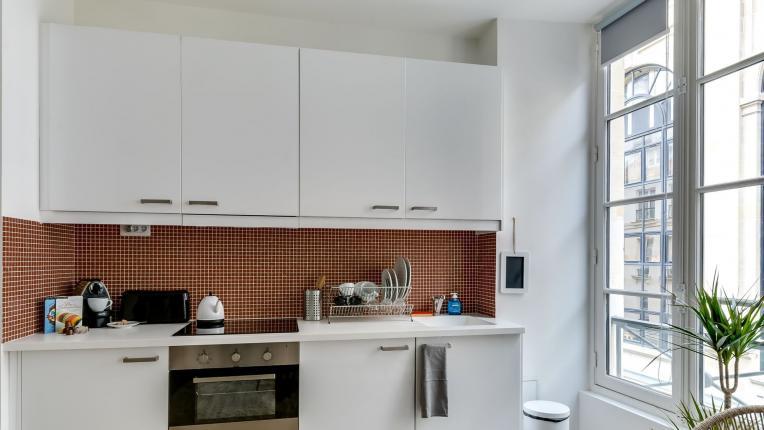 Когато кухнята ви е с размер на коридор…