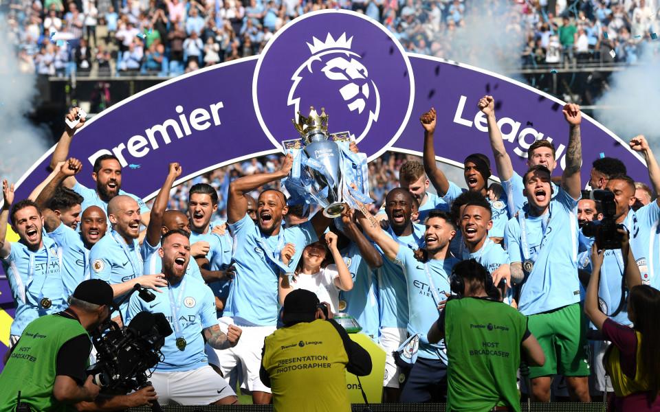 Шампионският кеф на Манчестър Сити в снимки