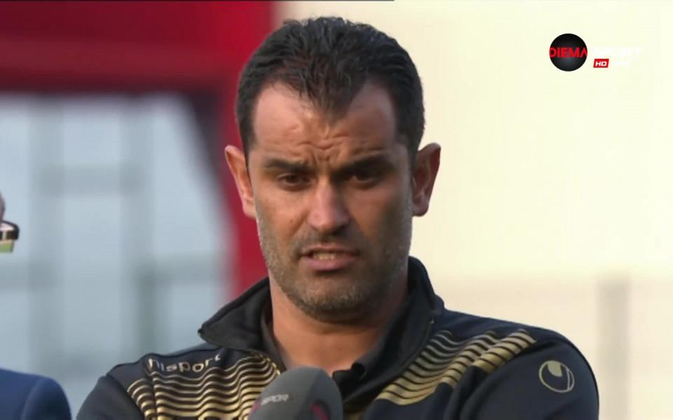 Кариана тръгна за Банско с група от 16 футболисти, чака двама нови