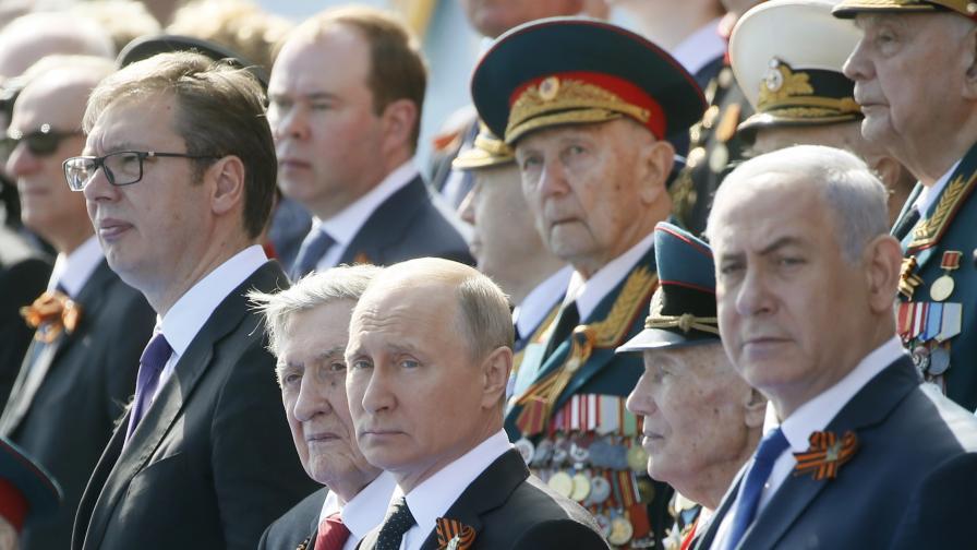 Инцидент с Путин и охраната му по време на парада
