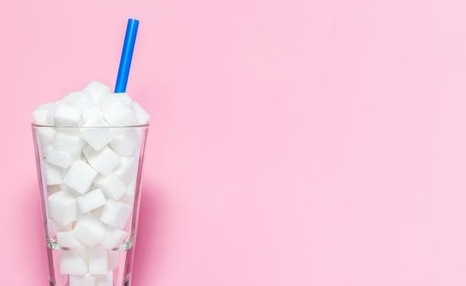 Средно изяждаме по 7,7 кг чиста захар на година