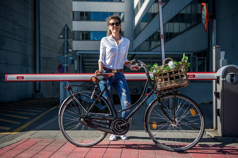 """- Унгарският клуб на велосипедистите организира кампания """"Biking to Work"""" (Bringazz a munkaba!), за популяризиране на градското колоездене като..."""