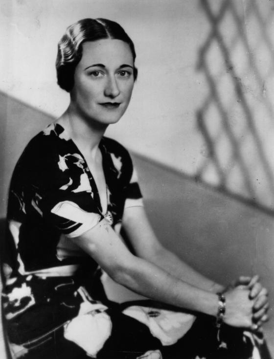 - Жена от друго поколение, изживяла две световни войни, преминала през острите критики на един народ, но в крайна сметка - спечелила любовта на един...
