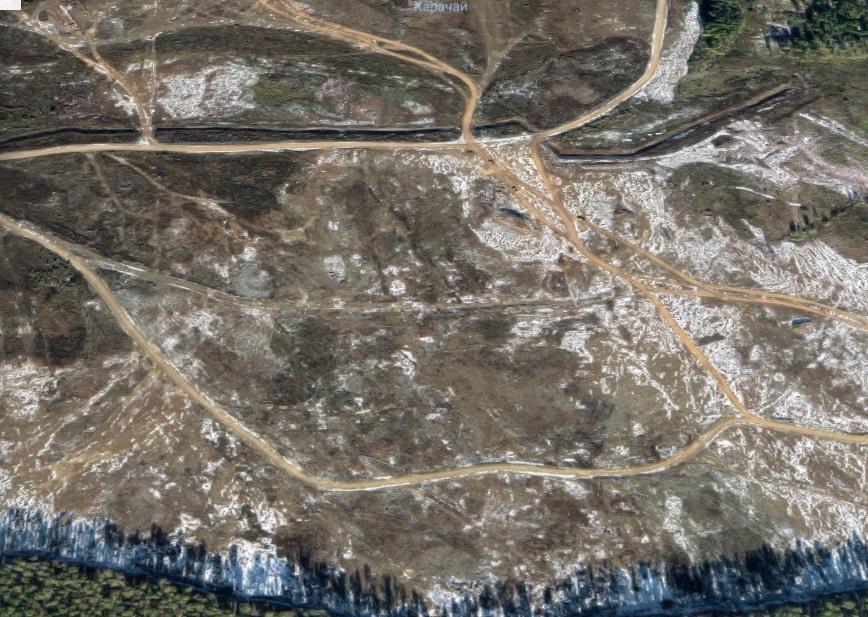 Езерото Карачай в Урал се намира в центъра на комплекс от лаборатории за ядрени изследвания, създаден още през 50-те години на миналия век. То е най-радиоактивното място на сушата. В него, в продължение на години са изхвърляни отпадъци от производството на атомни и водородни бомби, както и от Кищимската катастрофа от 1957 г. – третото най-голямо радиоактивно замърсяване в историята. В момента езерото на практика не съществува. То е окончателно пресушено през 2015 г. А дъното му е покрито с бетон и скали, за да се предотврати издухването от вятъра на радиоактивен прах, каквото се случва през 1968 г. Преди пресушаването на Карачай, водата му била толкова силно радиоактивна, че човек би получил смъртоносна доза радиация за по-малко от час престой на брега.