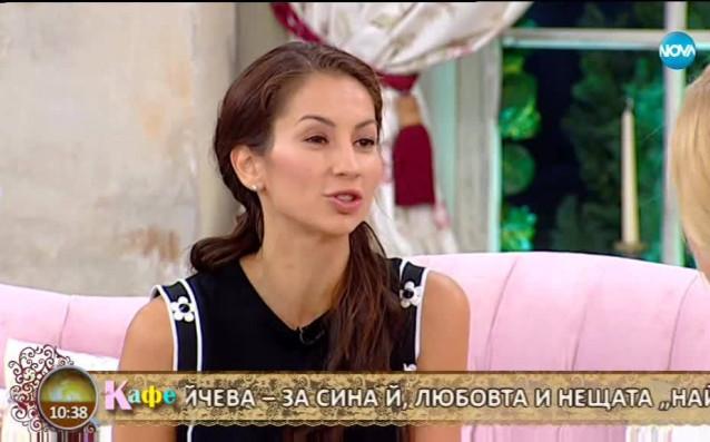 Световната шампионка по художествена гимнастика Симона Пейчева бе гост в