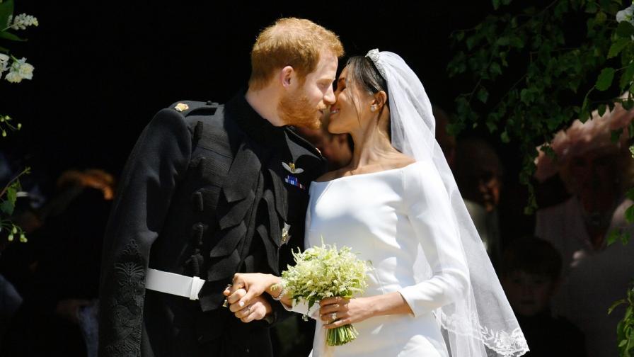 Какво си прошепнаха Меган и Хари на сватбата