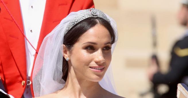 Меган Маркъл, новата херцогиня на Съсекс, носеше на сватбената церемония