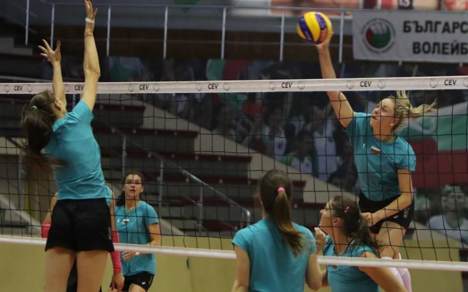 Волейболните националки без почивка преди мача с Украйна