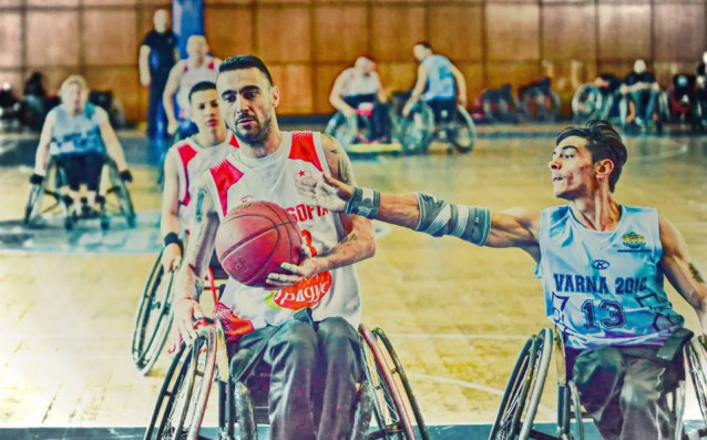 След два кръга от държавното първенство по баскетбол на колички