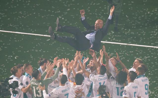 """С уникален празник на стадион """"Сантиаго Бернабеу"""" Реал Мадрид отбеляза"""
