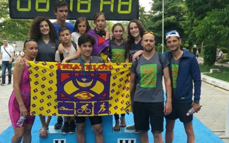 Пловдивски триатлонисти с 5 отличия от състезания в Лондон и Сандански