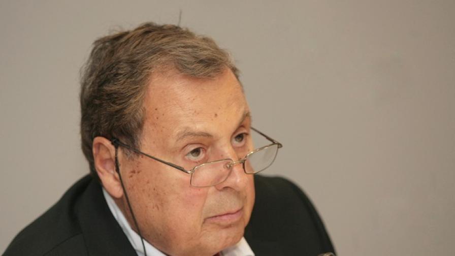 Почина председателят на Българската стопанска камара
