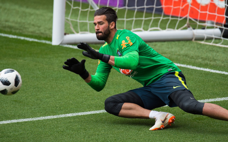 Ливърпул се възползвал от контролата на Бразилия за преговори с Алисон