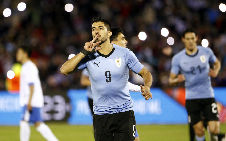 Уругвай натупа Узбекистан в последната си контрола