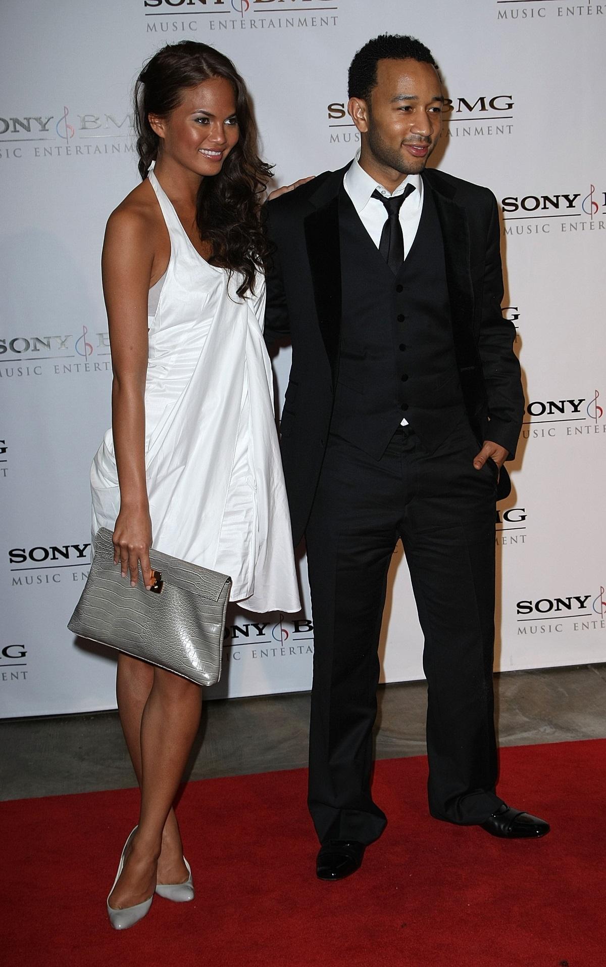 """Криси Тейгън прекали с тена и всички го видяха на наградите """"Грами"""" през 2008 г."""
