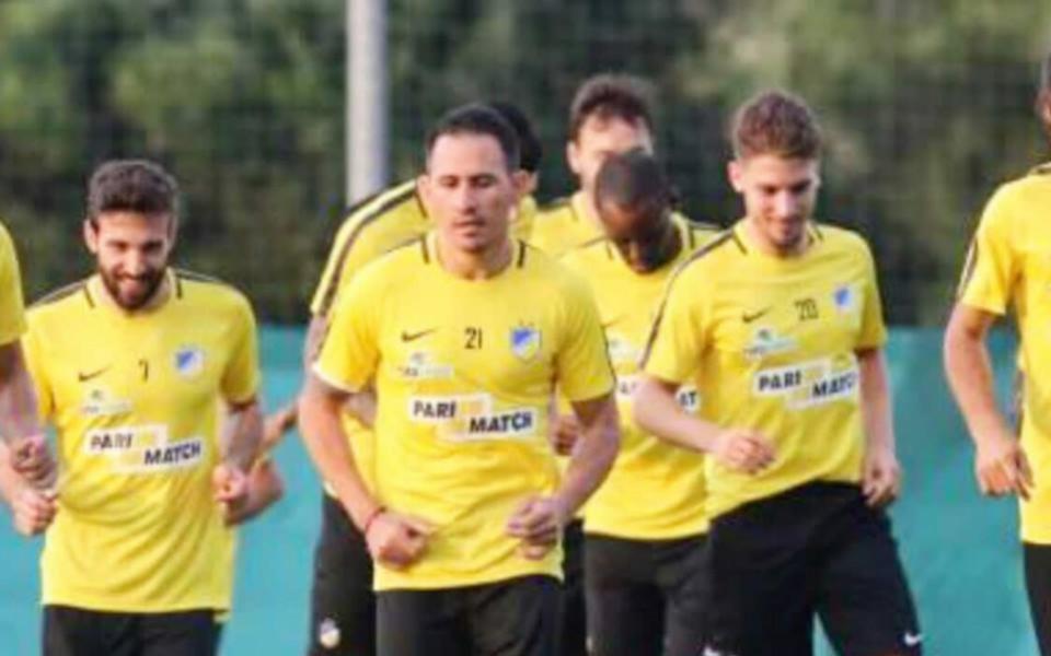 Живко Миланов започна тренировки с Апоел