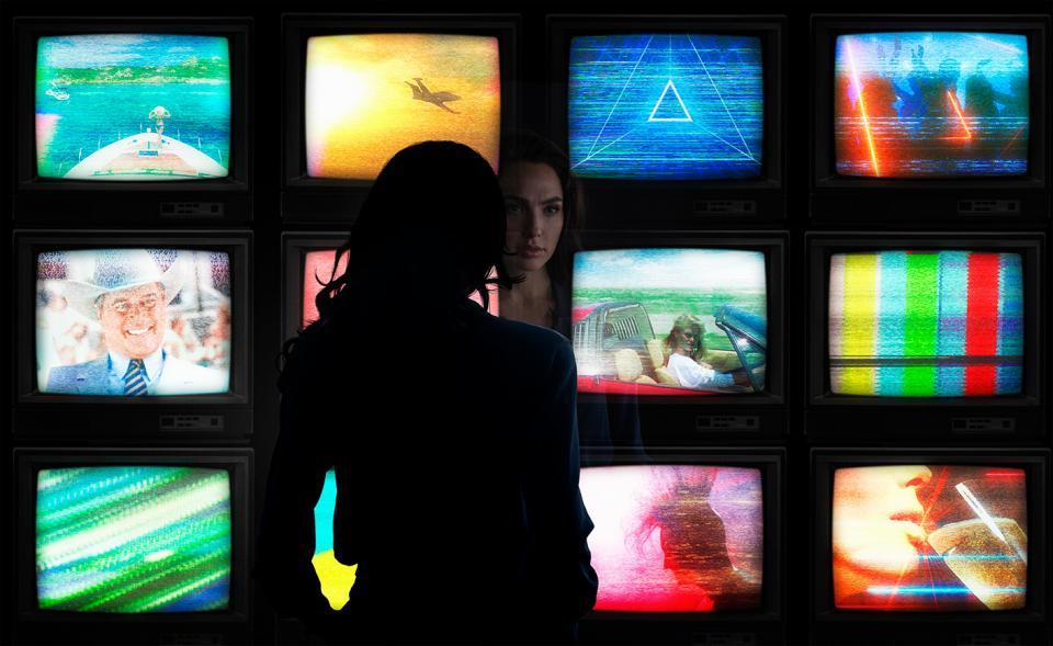 Жената чудо Гал Гадот филм