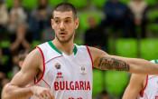Баскетболните национали посетиха контузен съотборник