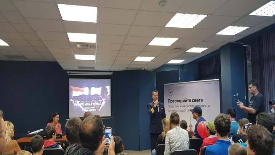 Български пилот на А380: Деца, гонете мечтите си и не се отказвайте от тях