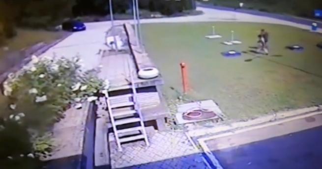 Неизлъчваникадри как двама затворници гонят рецидивиста в Ловеч. Двамата мъже