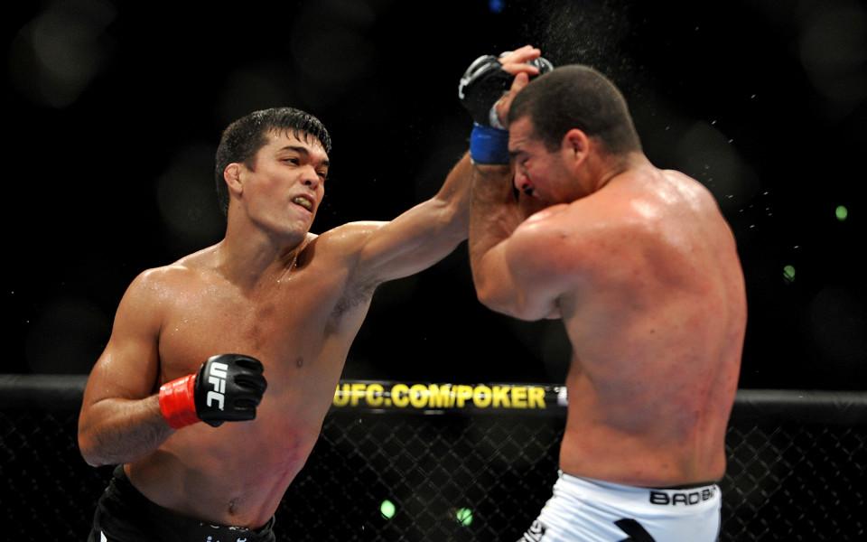 Поредна легенда на UFC подписа с Bellator